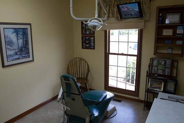 Cozy dental exam room