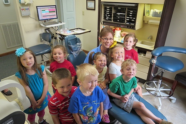 Group of kids in dental exam room